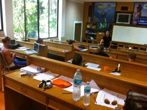 le IDC Center. Notre salle de classe spécialement dédiée pour nos formations d'Instructeur.